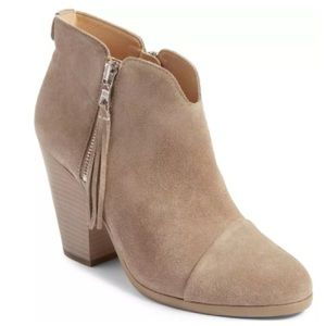 Size 6 / 36 Rag and Bone Margot Taupe Suede Boots